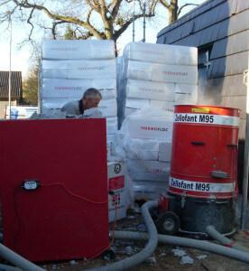 In onze wanden is ca. 8500 kilo Thermofloc isolatie aangebracht.